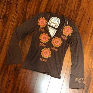 EMBROIDERED BROWN FLOWER WOOD BEADED SHIRT